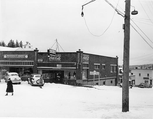Weatherly's Market and Multnomah Drug ca. 1952.