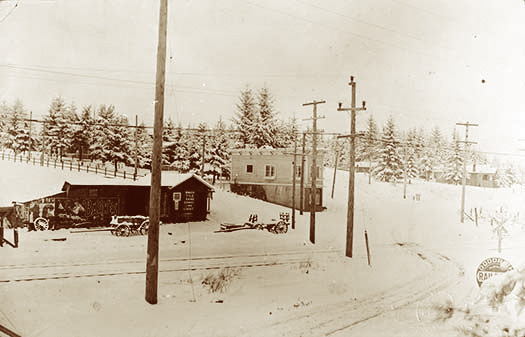 Multnomah Crossing ca. 1915.
