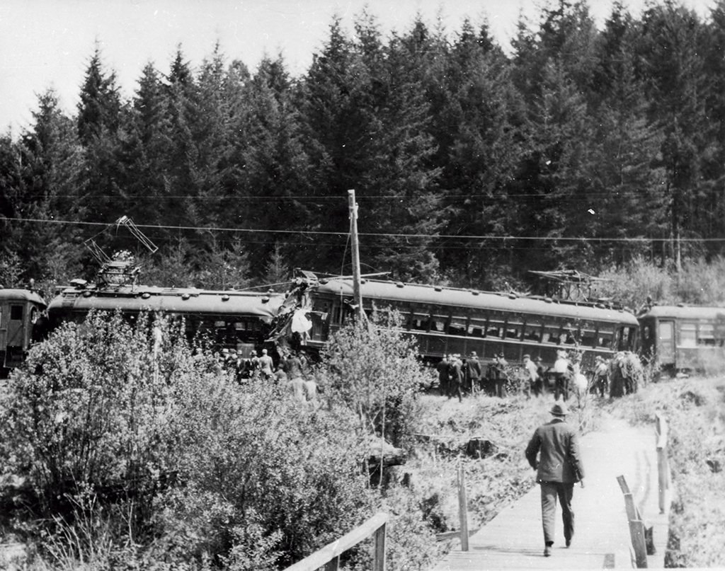 Southern Pacific Red Electric Train Wreck, May 9,1920.